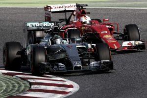 """Toto Wolff: """"La amenaza de Ferrari es real"""""""