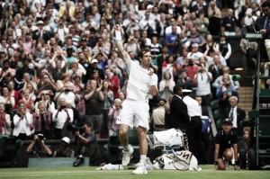 Wimbledon: Andy Murray defeats Nick Kyrgios in three comfortable sets
