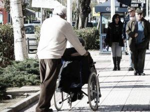 Sanidad ha recortado 1409 millones en dependencia a las comunidades