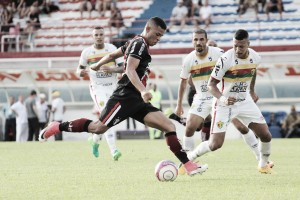 Joinville supera Brusque e conquista sua primeira vitória fora de casa no Catarinense