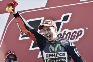 """Valencia, Lorenzo campione raggiante: """"È stata dura, ma sono fiero"""""""