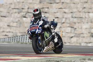 MotoGP, Lorenzo domina ad Aragón, Márquez ancora a terra
