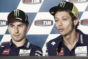 """Yamaha, Rossi """"Qualifica da migliorare"""". Lorenzo: """"Siamo entrambi in gran forma"""""""