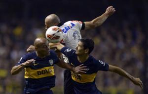 Corinthians-Boca: una magia di Riquelme e l'arbitro eliminano Paulinho