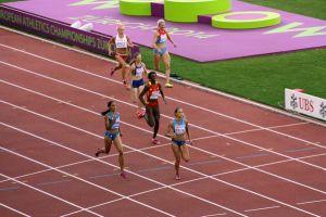 En busca de las medallas en los 400 metros
