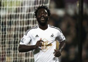 El Swansea amplía el contrato de Bony hasta 2018