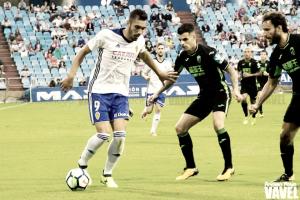 El Real Zaragoza araña un punto en el campo del colista