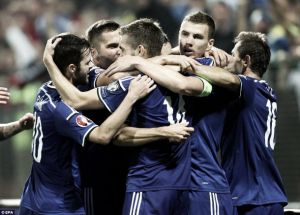 Bosnia and Herzegovina 1-1 Belgium: Begovic mistake costs Bosnia first three points of qualification