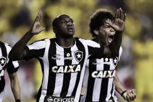 Botafogo enfrenta o Barcelona com chances de classificação