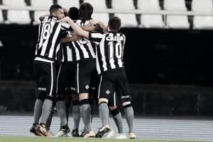 Botafogo aproveita erros defensivos do Sport para vencer e entrar no G-6