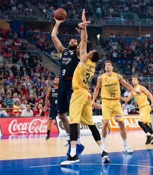 A semifinales al ritmo griego