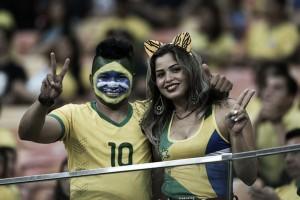 Brasil e Colômbia se enfrentam para prestar homenagens à Chapecoense em 'Jogo da Amizade'