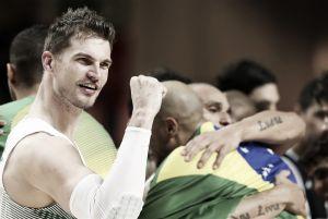 Correctivo de Brasil ante una desesperada Argentina