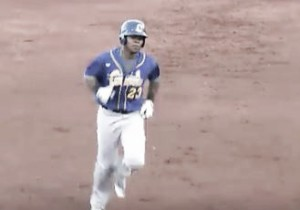Miles Nordgren throws complete game, Sioux Falls Canaries defeat St. Paul Saints 7-0