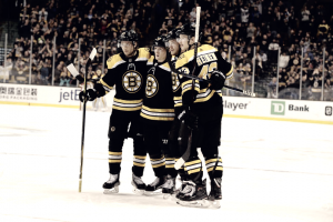 Boston Bruins cool off Toronto Maple Leafs in key divisional game