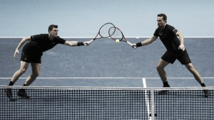 Soares e Murray são superados por Kontinen/ Peers nas semis do ATP Finals