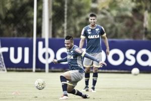 """Bryan reconhece possível """"clima de guerra"""" no Beira Rio e garante: """"Vamos fazer um bom jogo"""""""