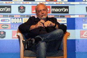 """De Laurentiis: """"Behrami? Abbiamo assecondato le sue richieste. Non trattiamo solo Fellaini"""""""
