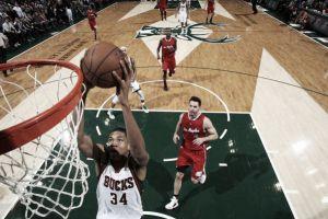 Golpe de autoridad de Milwaukee ante los Clippers