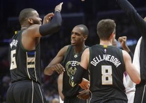 NBA - Milwaukee batte i Lakers, Orlando sorprende Phoenix