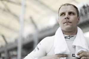 """Valtteri Bottas: """"Ahora vamos un poco más rápidos en las curvas"""""""