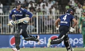 Pakistan vs England 3rd ODI: Taylor and Buttler help England to series lead