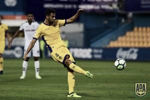 """Esteban Burgos: """"Hacemos nuestros mejores partidos contra los mejores equipos"""""""