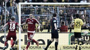 Lasogga aprieta y ahoga al Dortmund