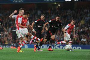 Il primo di Sanchez manda l'Arsenal in Champions: 1-0 al Besiktas