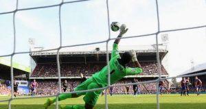 Palace e Burnley al piccolo trotto, è 0-0