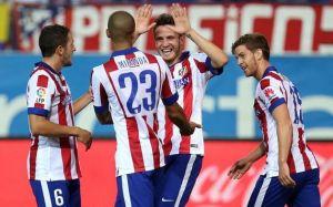 L'Atlético tiene il passo di Barça e Real, annientato il Siviglia