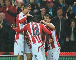 Stoke City - Newcastle 1-0: Crouch condanna Pardew