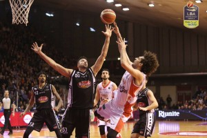 Legabasket Serie A - Diawara, buona la prima: Caserta sbanca Reggio Emilia all'overtime (85-86)