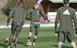 Milan - Fiorentina, i convocati di Montella: c'è Calabria