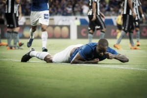 Cruzeiro vence Botafogo no Mineirão e deixa zona de rebaixamento