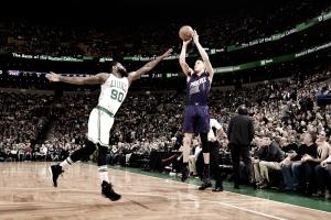 Devin Booker faz 70 pontos mas Boston Celtics bate Phoenix Suns