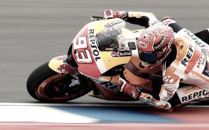MotoGP, Marquez vola sull'umido di Termas e conquista la pole!