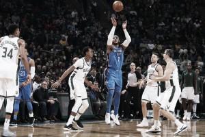 NBA - I Thunder di Westbrook superano i Bucks con facilità