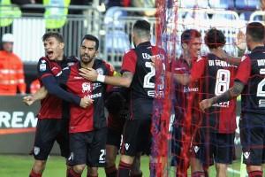 Qui Cagliari, domenica arriva la Juve. Emergenza rientrata in attacco