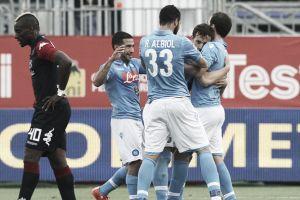 Napoli vence Cagliari fora de casa e se aproxima da Roma na Serie A