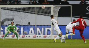 Bayer Leverkusen 1-1 Borussia Monchengladbach: Brouwers cancels out Calhanoglu wonder strike as Gladbach and Leverkusen share points