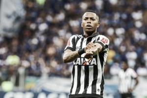 Robinho decide, Atlético-MG bate Cruzeiro e quebra invencibilidade do rival no Mineirão