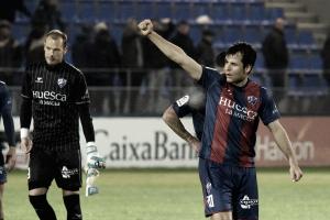 Dieciocho hombres que intentarán mantener al Huesca en playoff