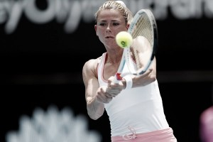 WTA Sydney: Camila Giorgi shocks Sloane Stephens in comfortable fashion