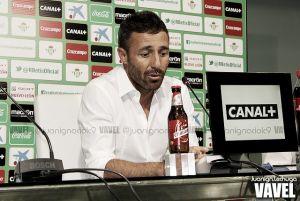 Óscar Cano no continuará al frente del Betis B