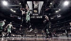 NBA Playoffs - Cleveland è ancora viva: James e compagni pareggiano la serie