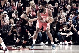 NBA - Harden senza freni: i Rockets espugnano il Moda Center di Lillard