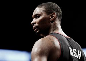 Chris Bosh decide aguantar en Miami y renueva con los Heat