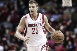 Houston no iguala la oferta de Dallas y Parsons se va a los Mavericks