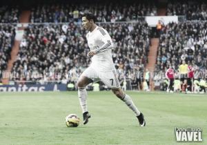 Ronaldo iguala el peso en oro de Cruyff, Van Basten y Platini